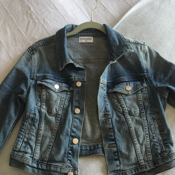 4221810d32917d Cotton Citizen Cropped Denim Jacket